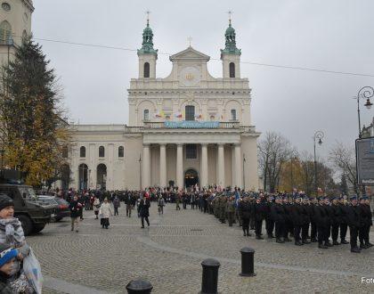 Obchody Narodowego Święta Niepodległości 11 listopada 2016 r. - Msza św. w katedrze lubelskiej w intencji Ojczyzny