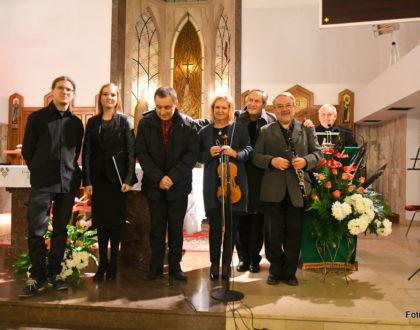 """""""Święty Papież Miłosierdzia"""" - koncert na zakończenie Roku Miłosierdzia"""
