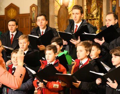 """Koncert Chóru Chłopięcego """"Słowiki Lubelskie"""" - kościół pw. Świętej Rodziny w Lublinie"""