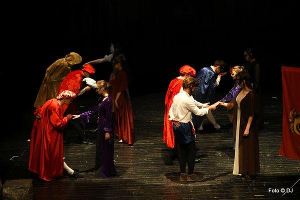 """""""Romeo and Juliet"""" by William Shakespeare - w wykonaniu uczniów Gimnazjum nr 11 w Lublinie"""
