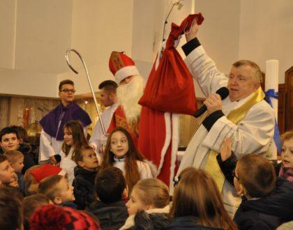 Mikołaj w Parafii Świętej Rodziny 03.12.2017